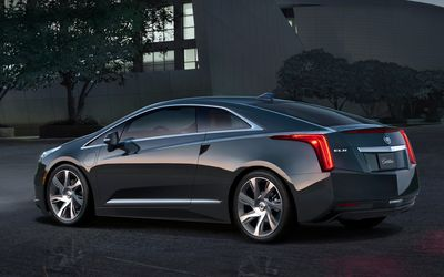2014-Cadillac-ELR-rear-three-quarter-1